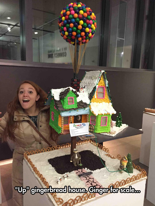 funny-Up-house-ginger-bread-girl