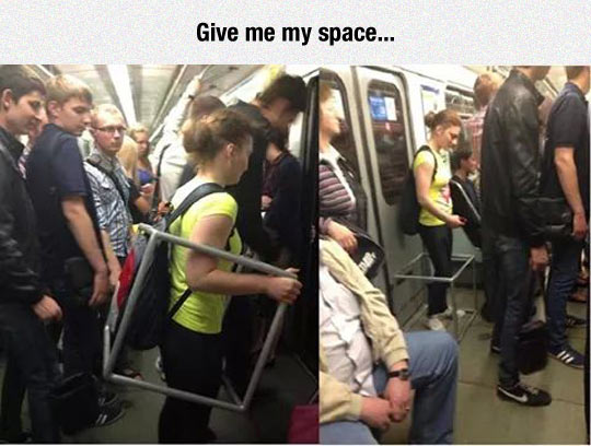 funny-subway-girl-space-box