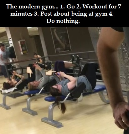modern-gym-workout-selfie