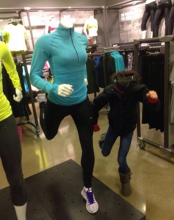 shopping-kids-mannequins