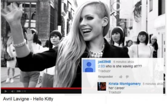 avril-lavigne-waving-youtube-comment