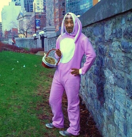 happy-easter-snoop-dogg-egg