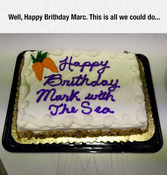 funny-birthday-cake-carrots-quote-misspell