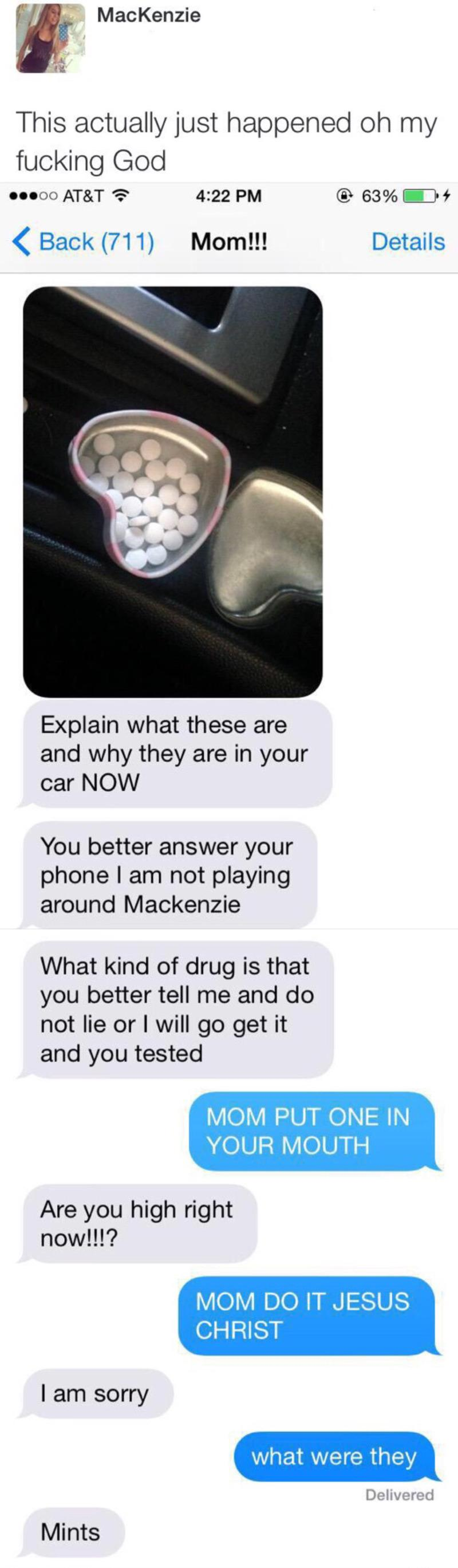 parents-text-mom-pills