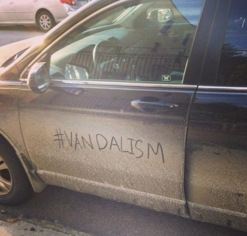 vandalism-car-brooklyn