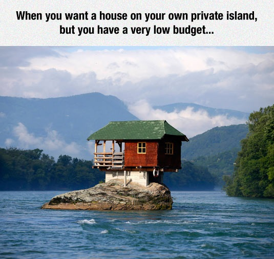 funny-house-island-small