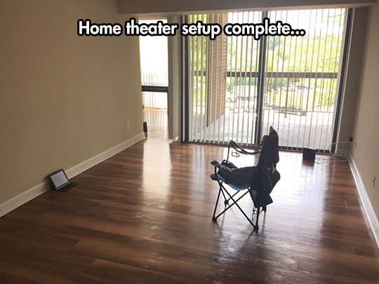 funny-tablet-empty-room-home-theater