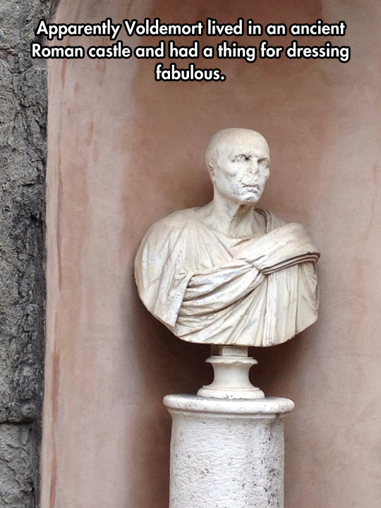 cool-Voldemort-statue-Rome-old