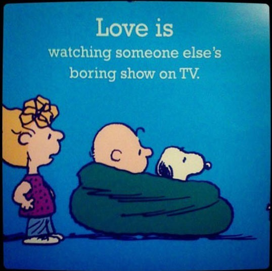 cool-Snoopy-watching-TV